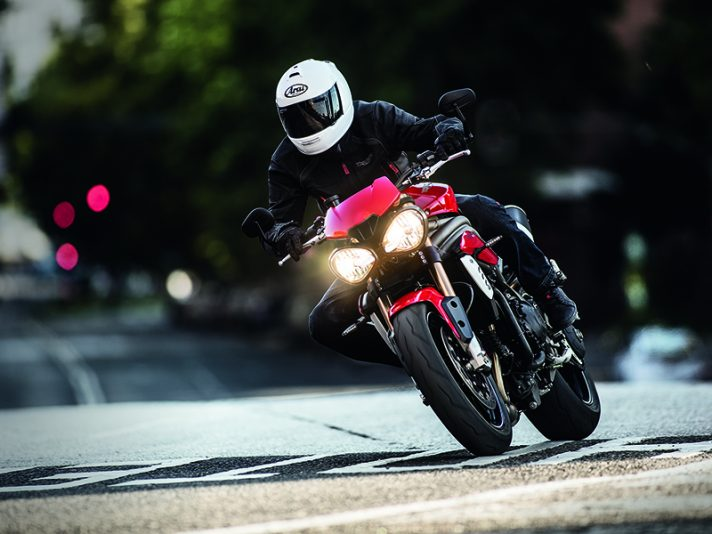 Eicma 2015 - Nuove Triumph Speed Triple S e Speed Triple R 2016