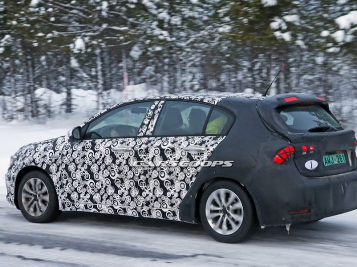 Fiat Tipo Hatchback 2017, le foto spia