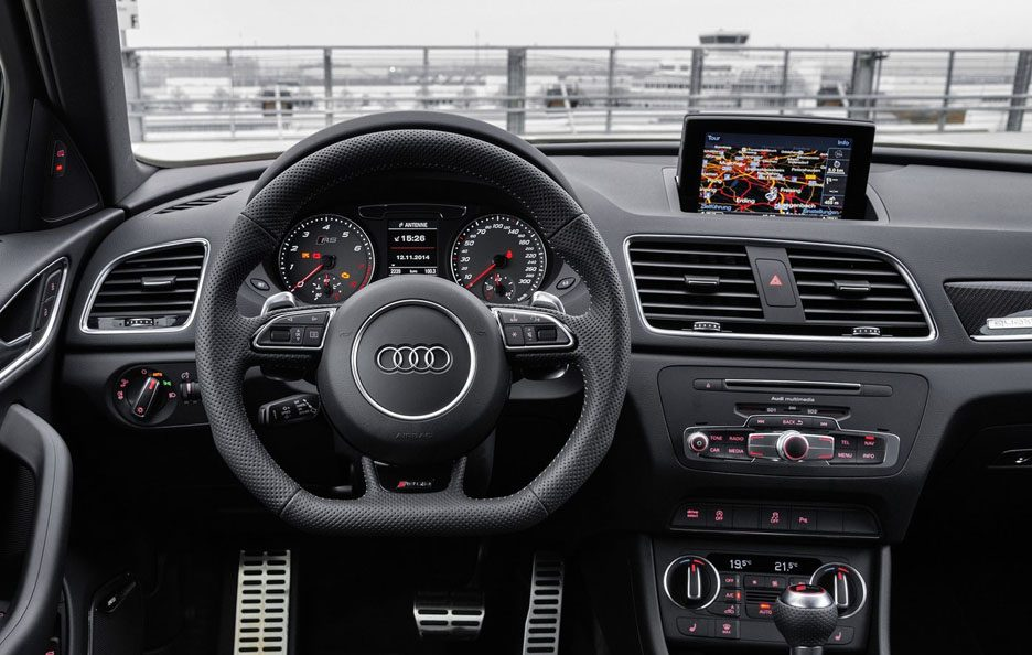 Audi RS Q3 interni