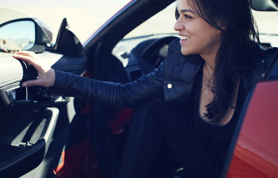 Jag_FTYPE_SVR_Michelle_Rodriguez_Drive_230316_04_(128129)