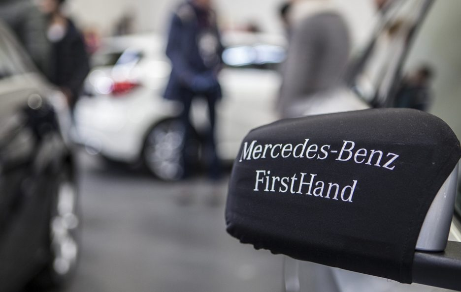 Mercedes FirstHand 12