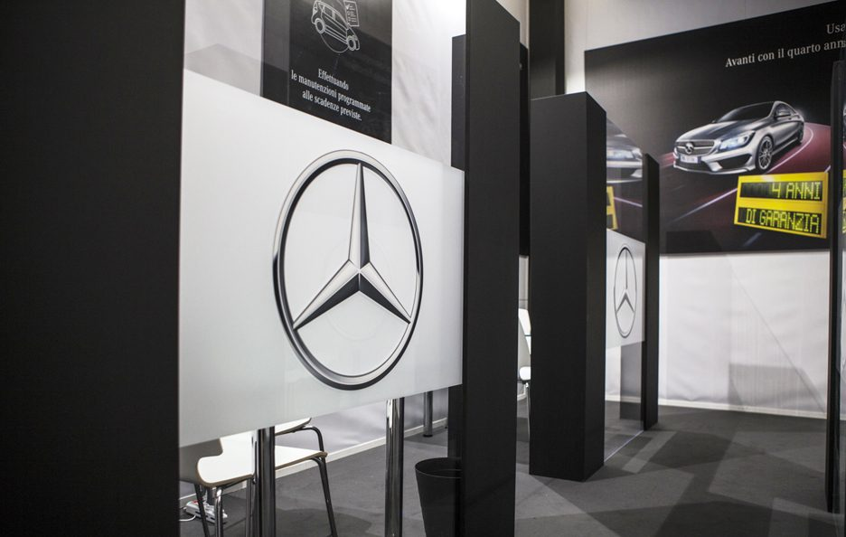 Mercedes FirstHand 8