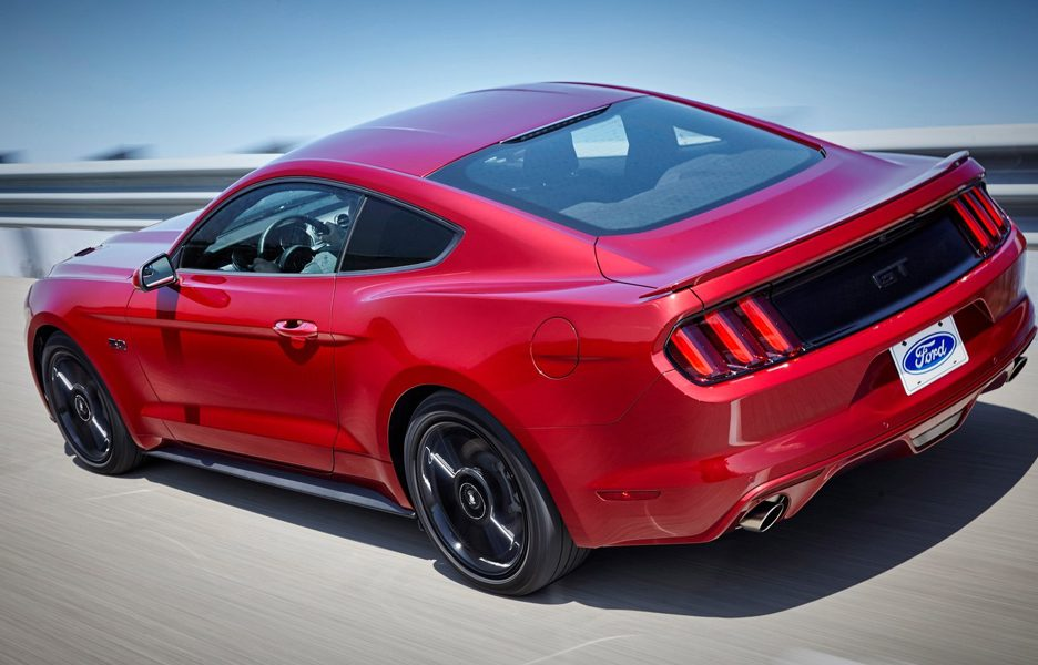 Ford-Mustang_2016_1600x1200_wallpaper_09