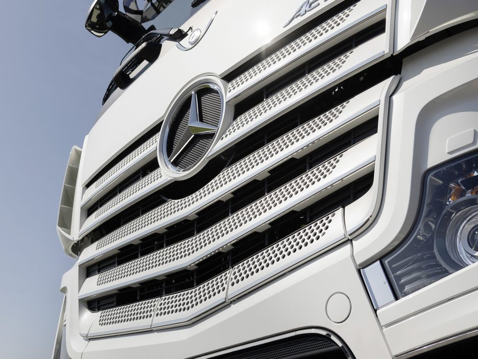 Mercedes Actros 20 Years Special Edition griglia anteriore
