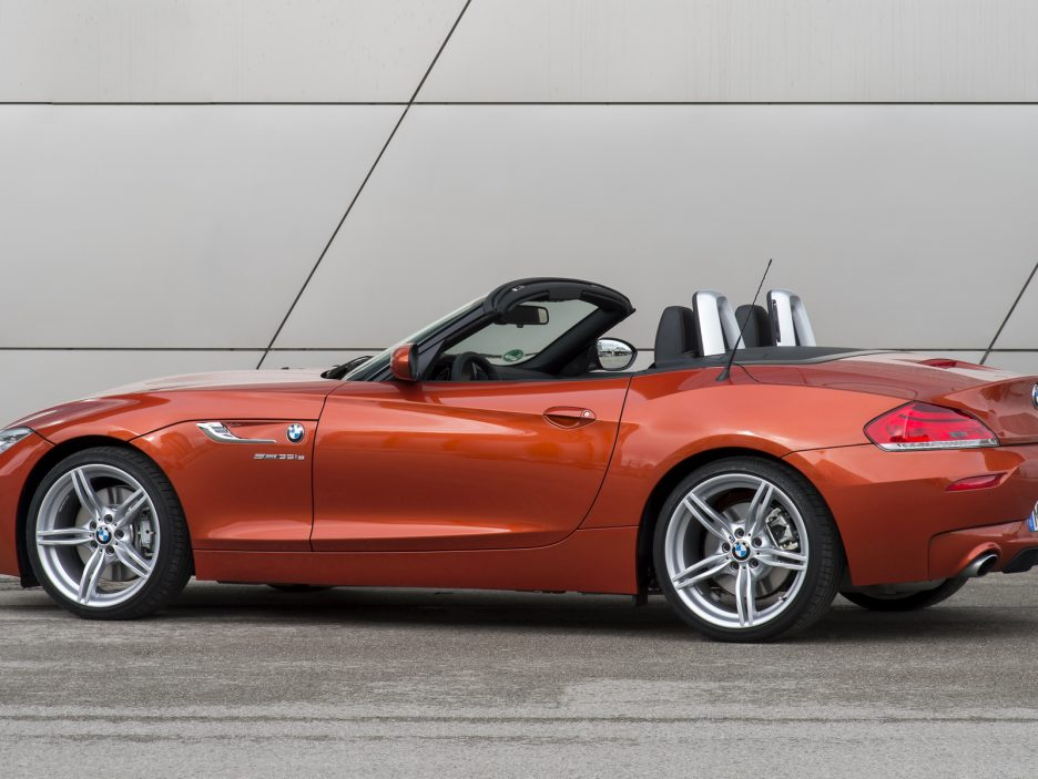 P90119746_highRes_the-new-bmw-z4-04-20