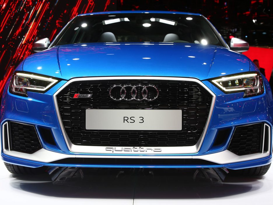 Audi RS3 Sedan frontale - Salone Parigi 2016