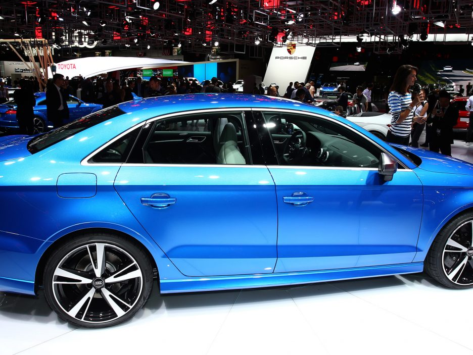 Audi RS3 Sedan profilo - Salone Parigi 2016