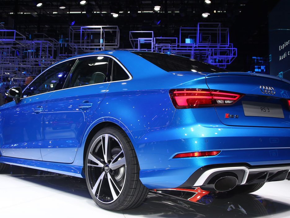 Audi RS3 Sedan tre quarti posteriore - Salone Parigi 2016