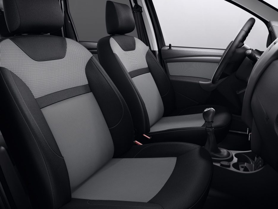 dacia duster black touch la top di gamma per la francia news panoramauto. Black Bedroom Furniture Sets. Home Design Ideas