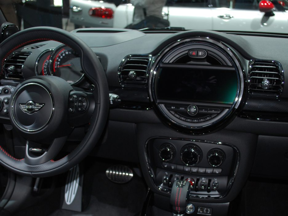 Mini Clubman John Cooper Works interni - Salone Parigi 2016