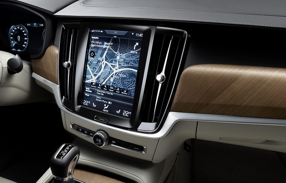 09_Interior_Centrestack_Right_Volvo_S90