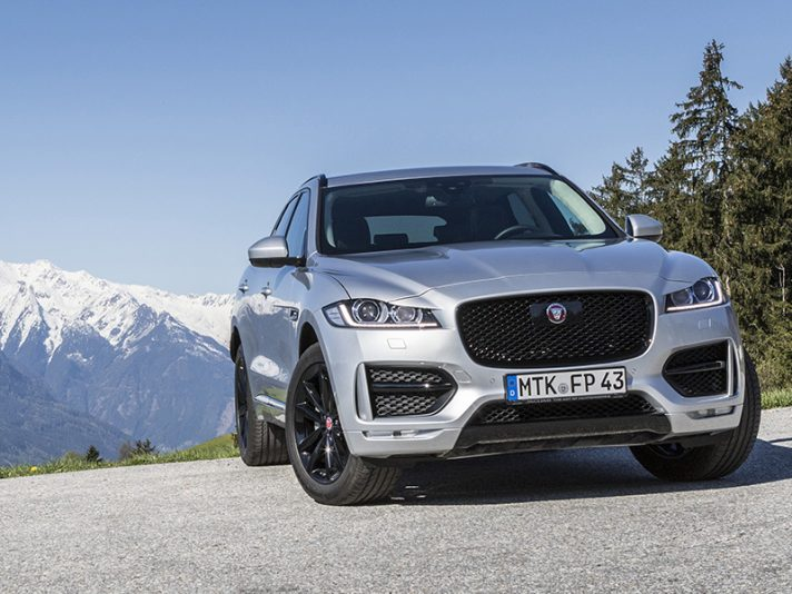 Jaguar F-Pace eletta Women's Car of the Year