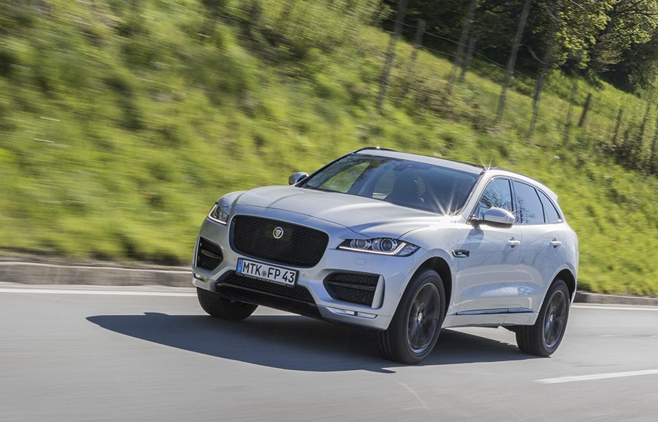 F-Pace_RhodiumSilver_14