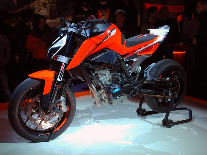 KTM a EICMA 2016: Duke in primo piano