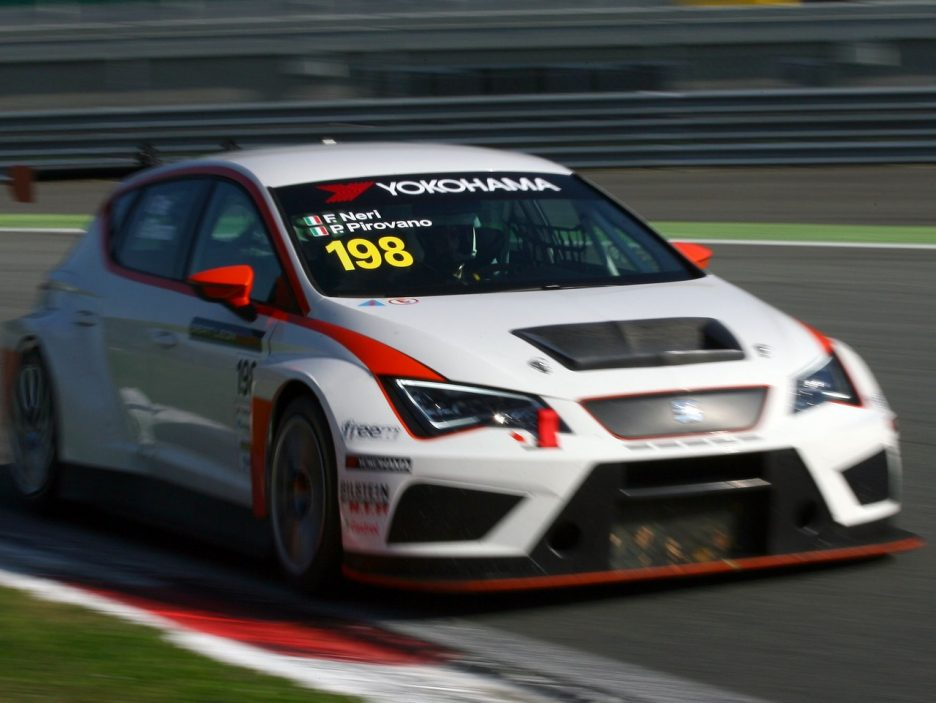 Seat Leon Cup Racer 6
