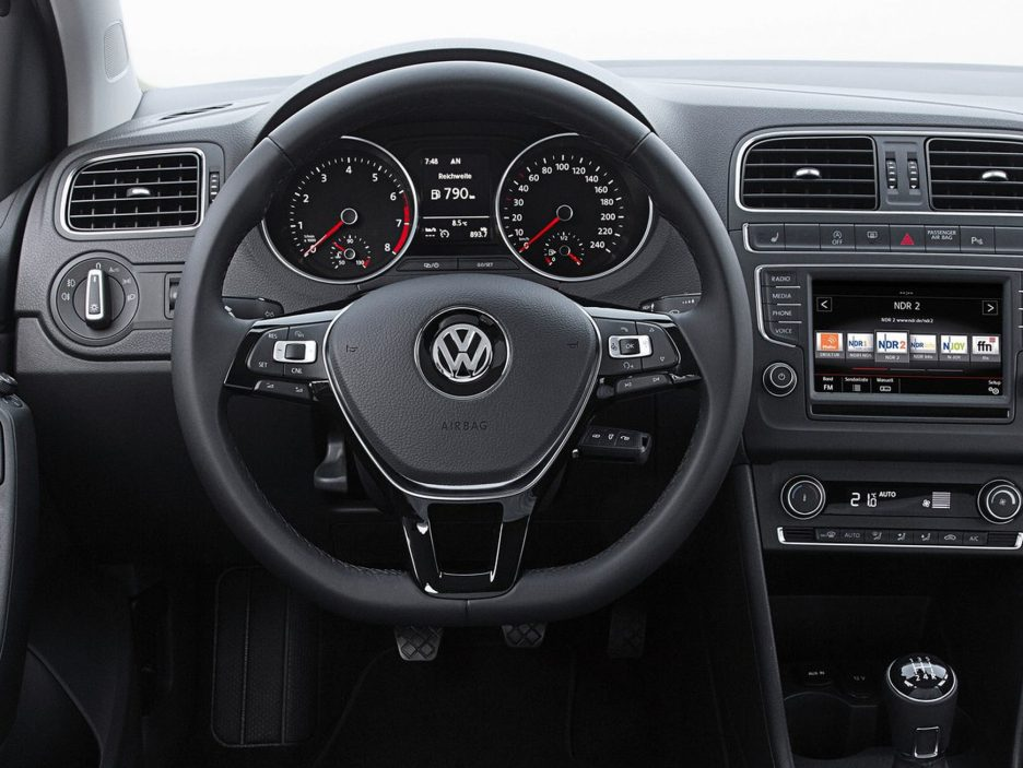 Volkswagen Polo interni