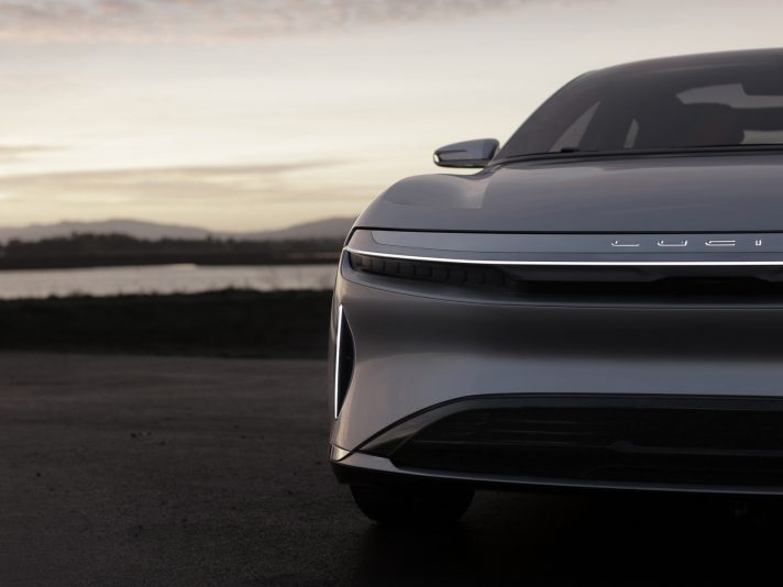 Lucid Air: l'anti Tesla Model S arriverà nel 2018