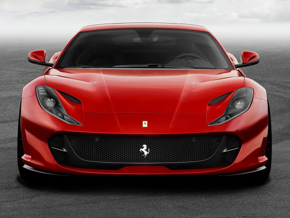 Ferrari-812_Superfast-2018-1600-04