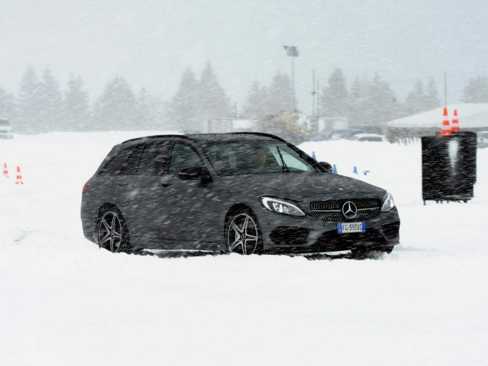 Mercedes C 43 S.W. AMG: station sportiva (ma non brutale)
