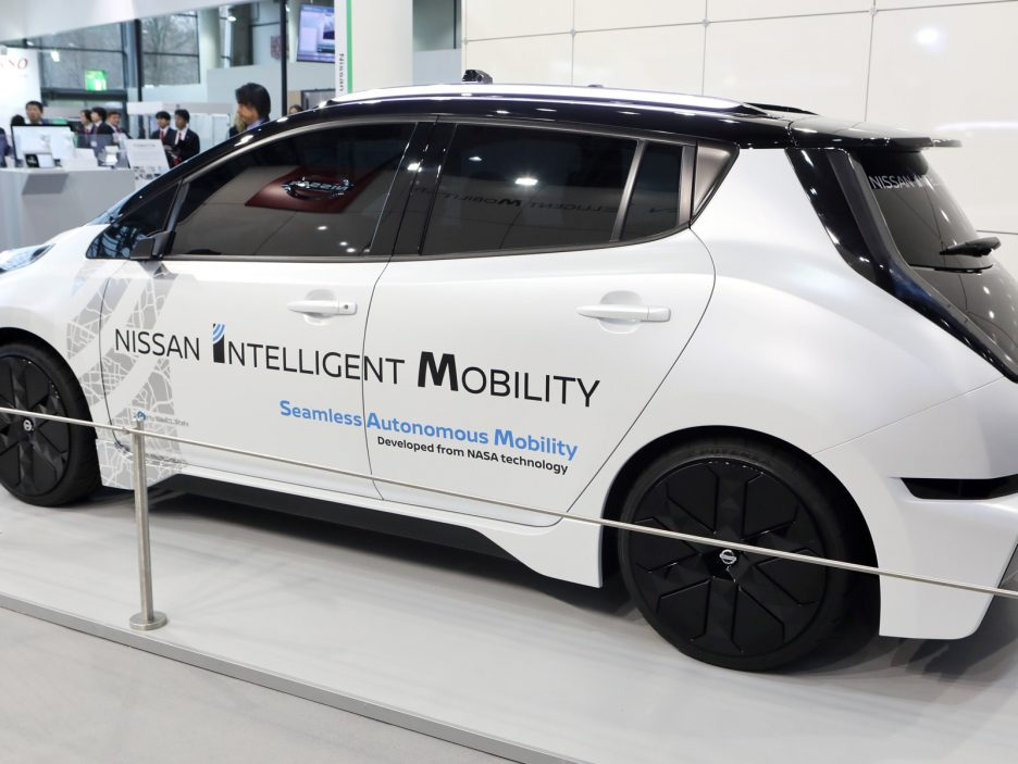 426187017-nissan-showcases-innovative-solutions-to-accelerate-integration-of