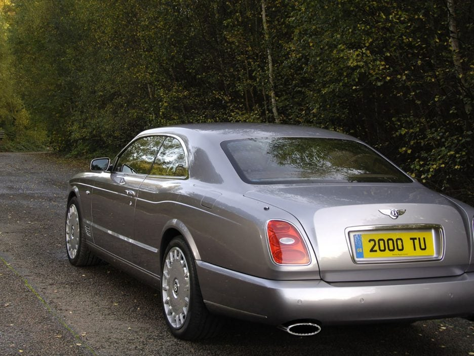 Bentley Brooklands tre quarti posteriore