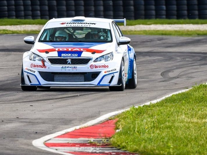 Stefano Accorsi peugeot 308 racing Cup