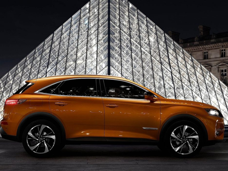 DS-7_Crossback-2018-1600-07