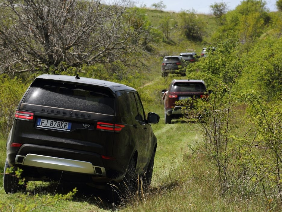 Land Rover Discovery 2017 - In movimento - 4