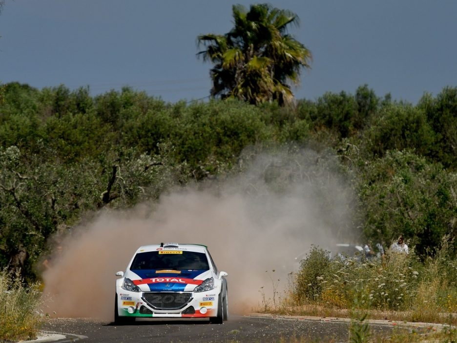 Paolo Andreucci Peugeot 208 frontale Rally Salento 2017