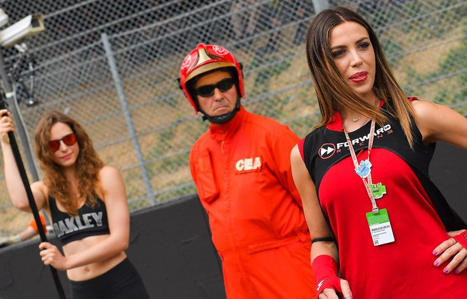 paddock-girls5ng_4516.gallery_full_top_lg