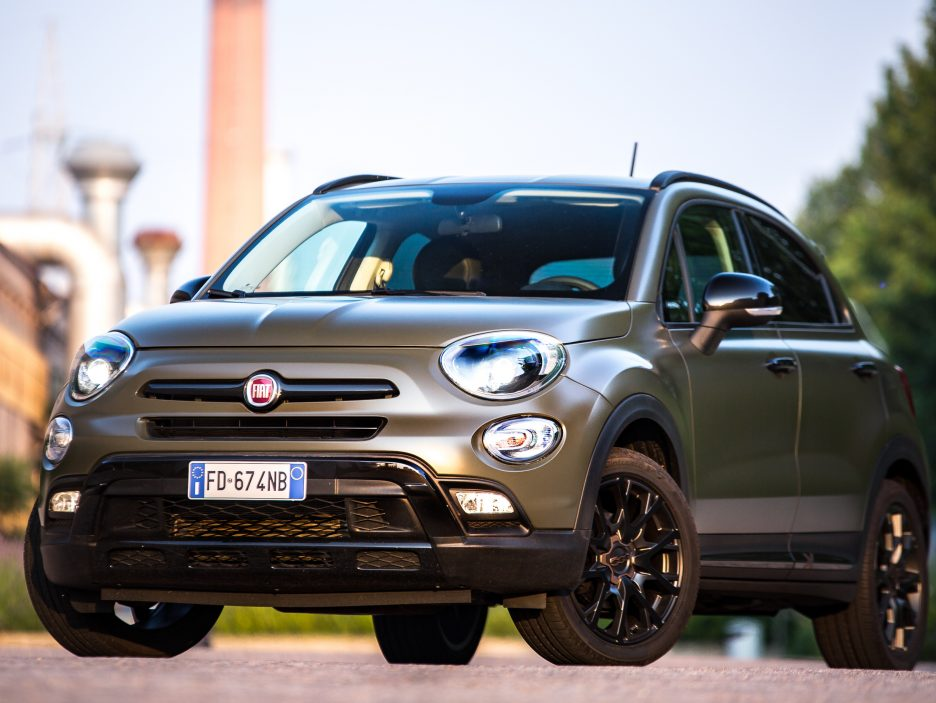 fiat 500x s design e 500l ordinabili da questo weekend news panoramauto. Black Bedroom Furniture Sets. Home Design Ideas