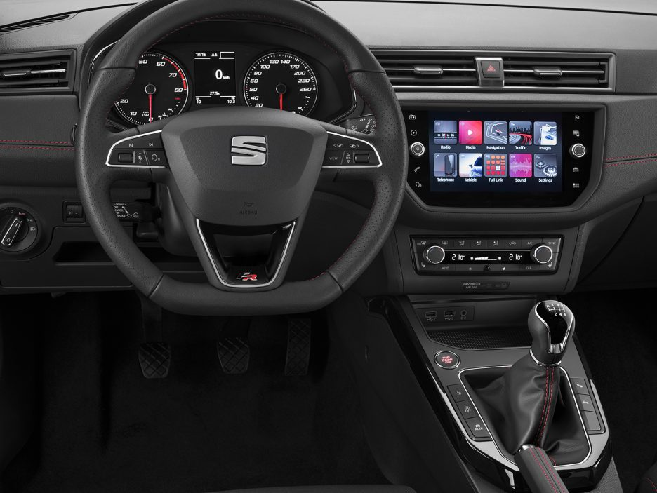 Seat Arona - Spazio al display