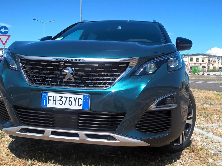 Peugeot 5008 frontale