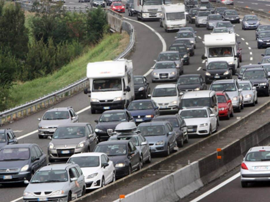 ESTATE: AUTOSTRADE, BOOM PARTENZE SECONDO SABATO 'BOLLINO NERO'