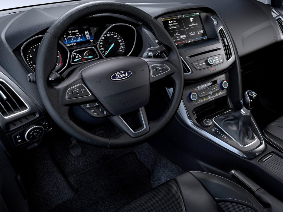 ford focus sw foto panoramauto. Black Bedroom Furniture Sets. Home Design Ideas