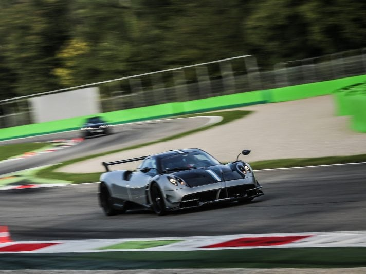 AMG Performance day: in pista con AMG e Pagani