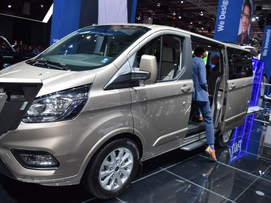 Ford Tourneo Custom restyling - Francoforte 2017