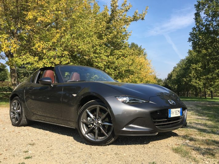 Mazda MX-5 RF Exceed: tetto rigido, stesso divertimento
