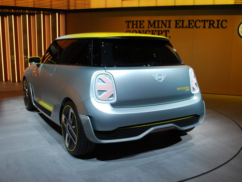 Mini Electric Concept tre quarti posteriore 3 - Francoforte 2017