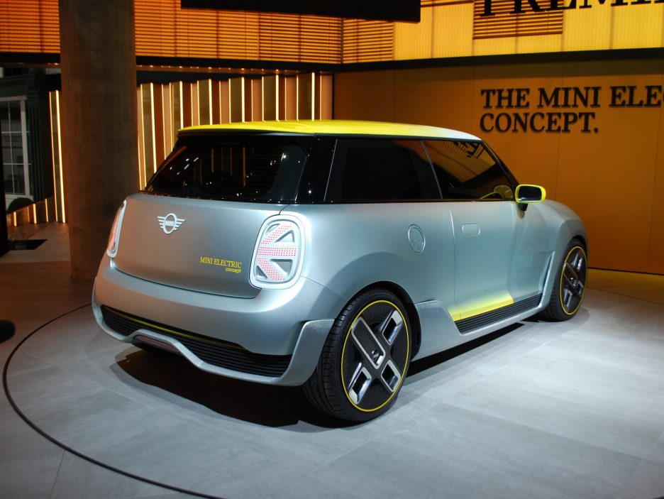Mini Electric Concept tre quarti posteriore - Francoforte 2017