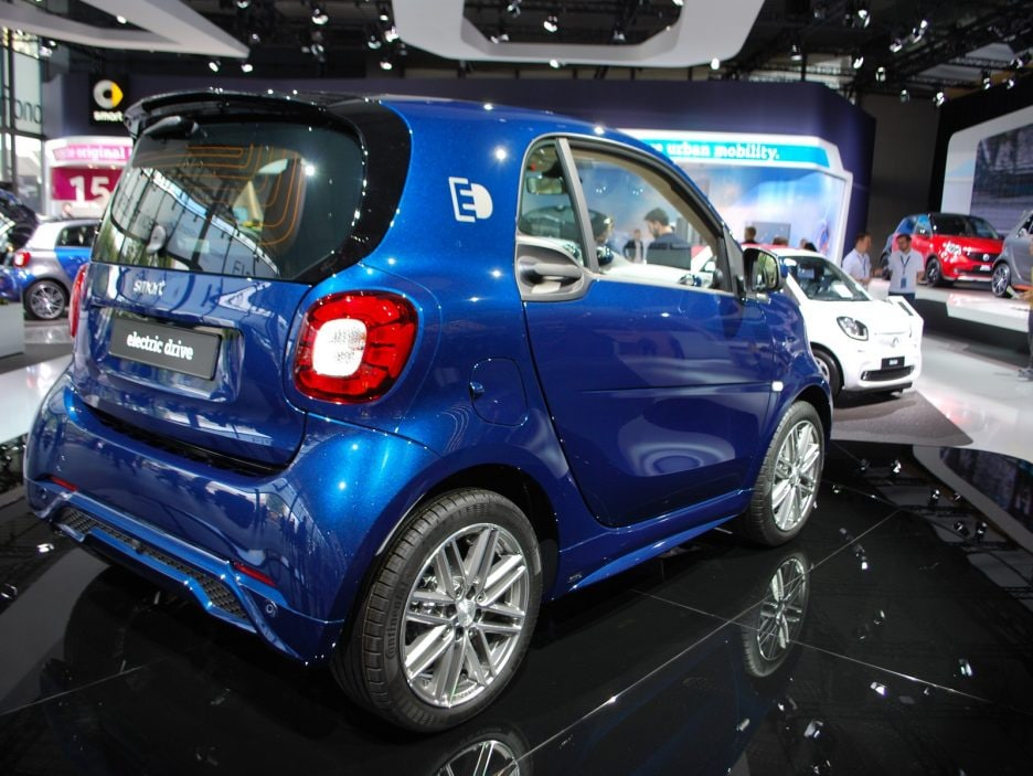 Smart fortwo electric drive tre quarti posteriore - Francoforte 2017