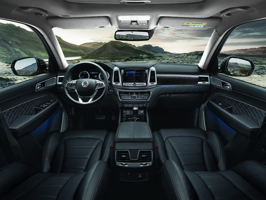 ssangyong rexton 2018 il suv si rinnova news panoramauto. Black Bedroom Furniture Sets. Home Design Ideas