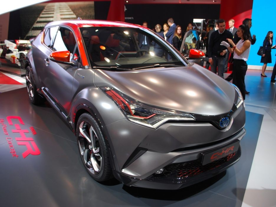 Toyota C-HR HY-POWER 2 - Francoforte 2017