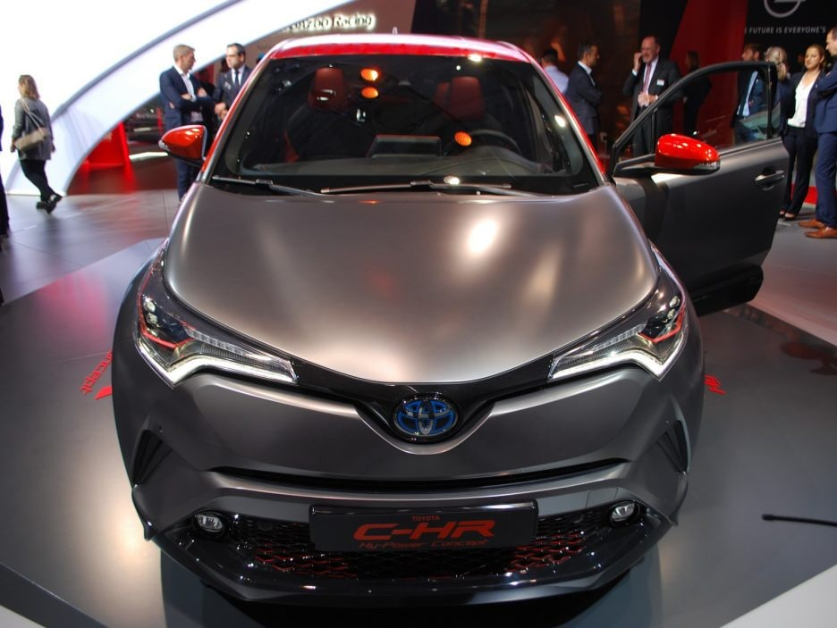 Toyota C-HR HY-POWER frontale - Francoforte 2017