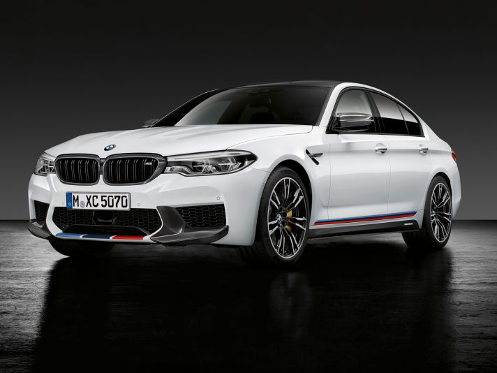 P90284093_highRes_the-new-bmw-m5-with-