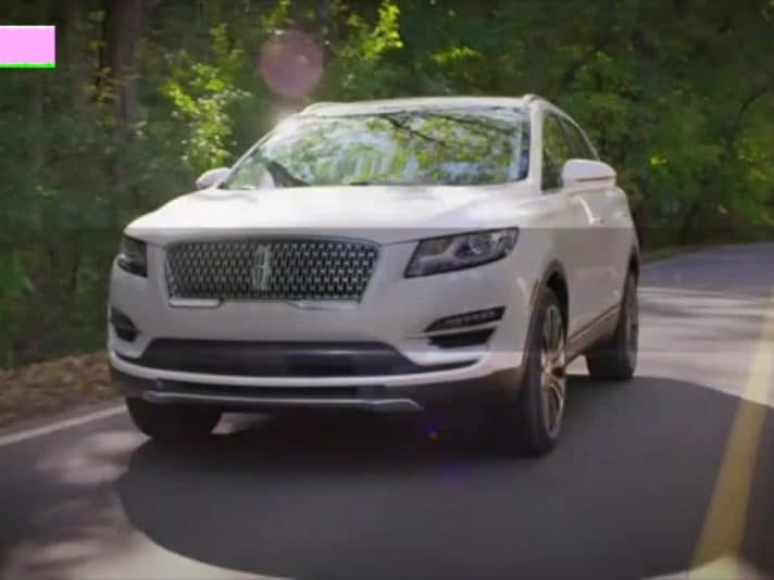 Lincoln MKC 2019, il video