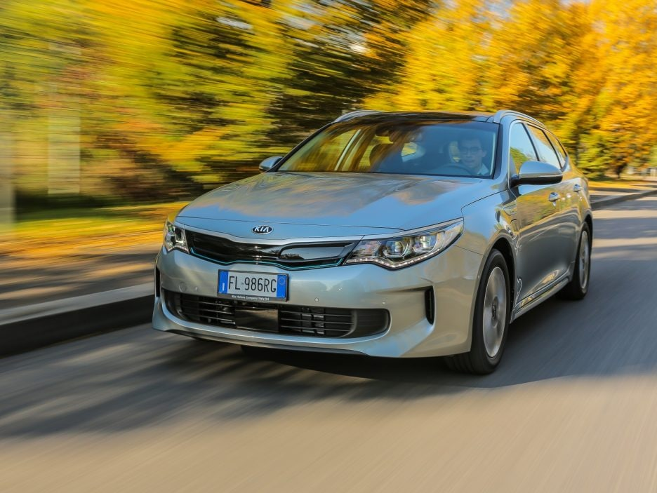 Kia Optima Sportswagon PHEV 3
