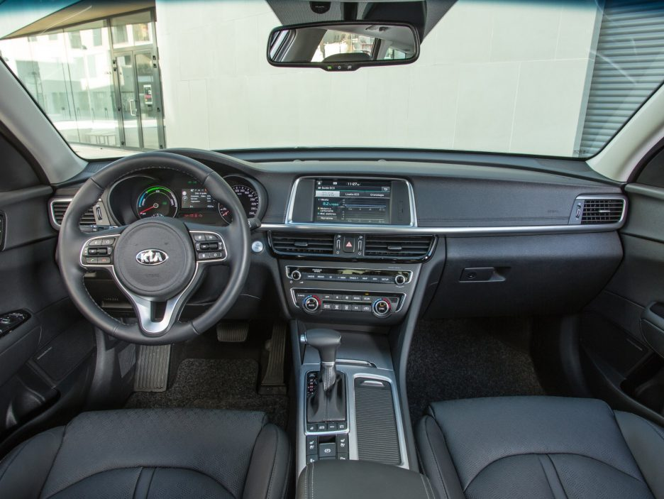 Kia Optima Sportswagon PHEV interni