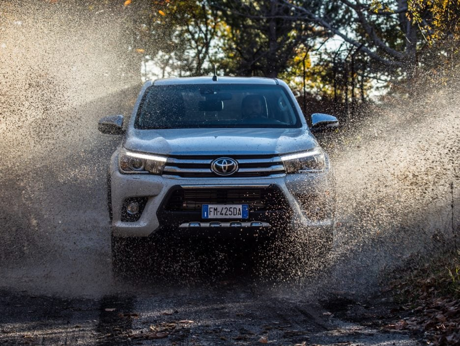 Toyota Hilux Invincible50 frontale