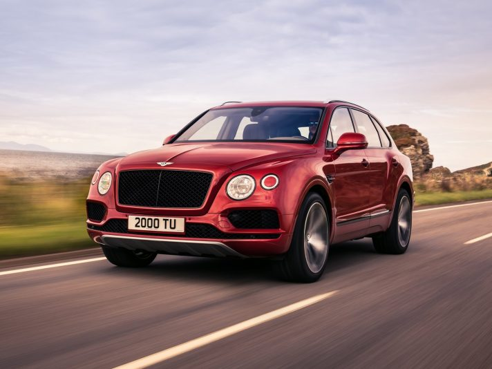 Bentley Bentayga V8: la entry level della gamma